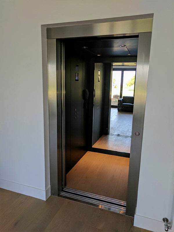 residential-royal-lift-2