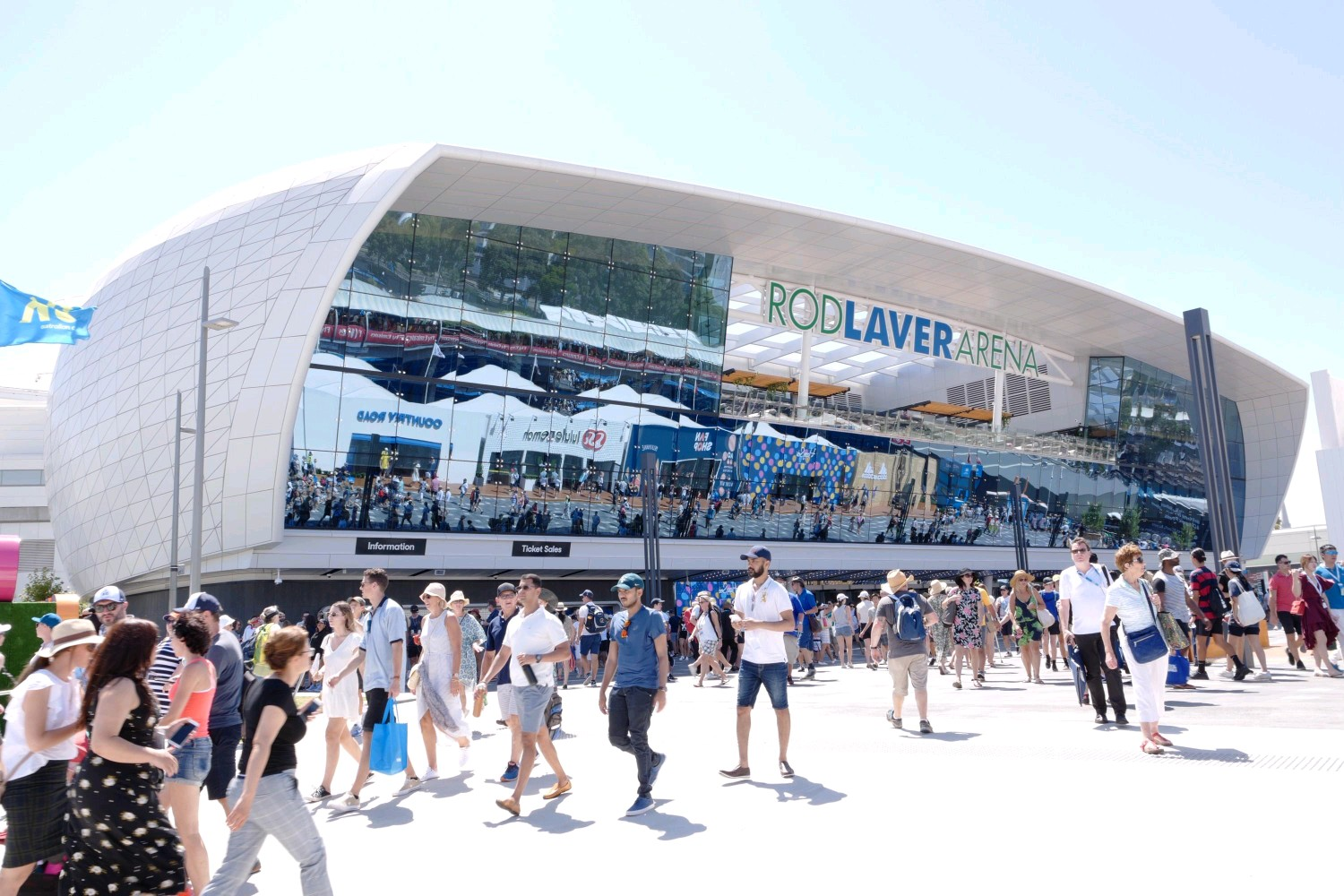commercial lift for rod laver arena in melbourne