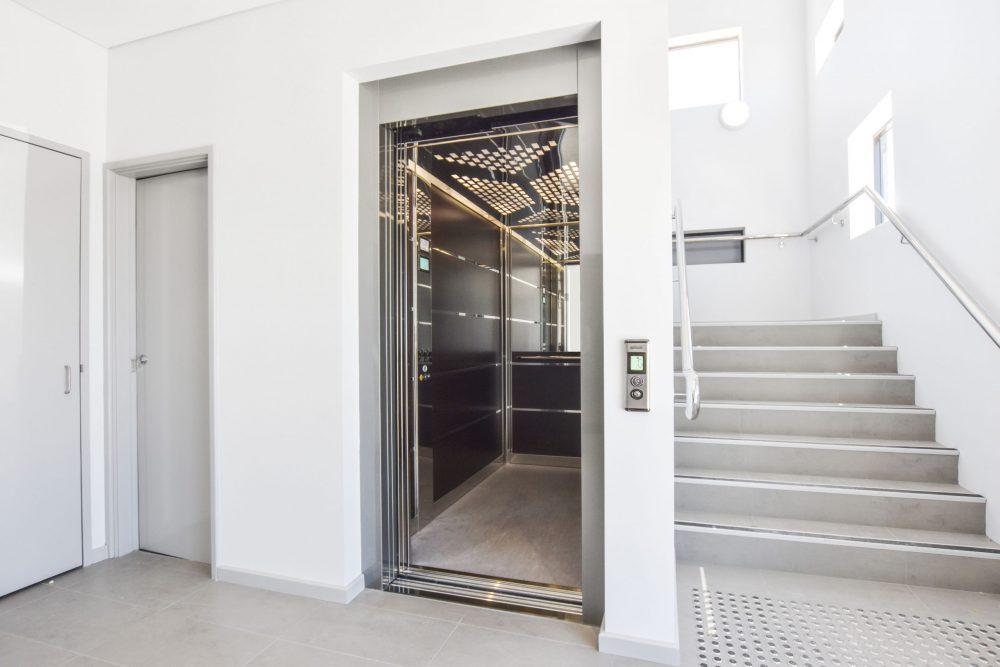 stretcher lift - large commercial lifts melbourne - platinum elevators