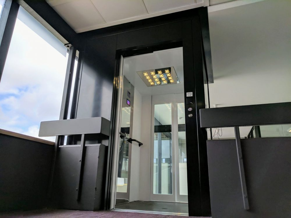 customisable school lifts for dda requirements melbourne - platinum elevators